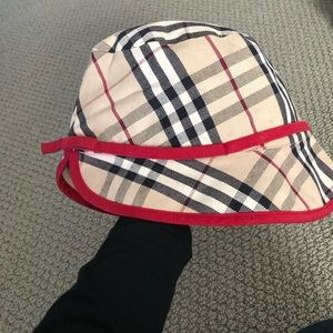 Burberry large check tulip hat